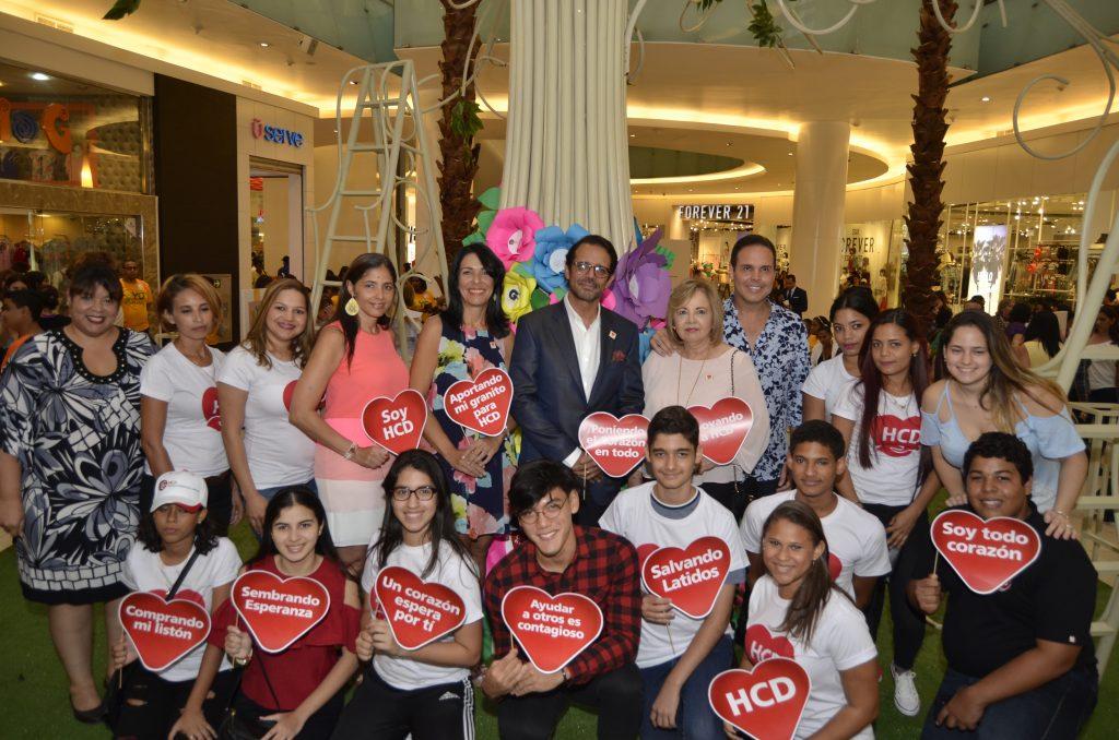 Directivos y voluntarios de la Fundación Heart Care Dominicana
