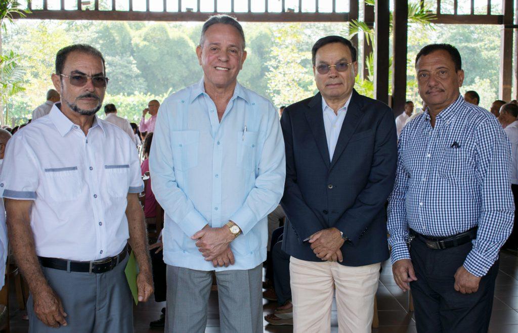 José Ramón de los Santos, Gregorio Guzmán, Pablo Grullón y Erwin Guzmán.