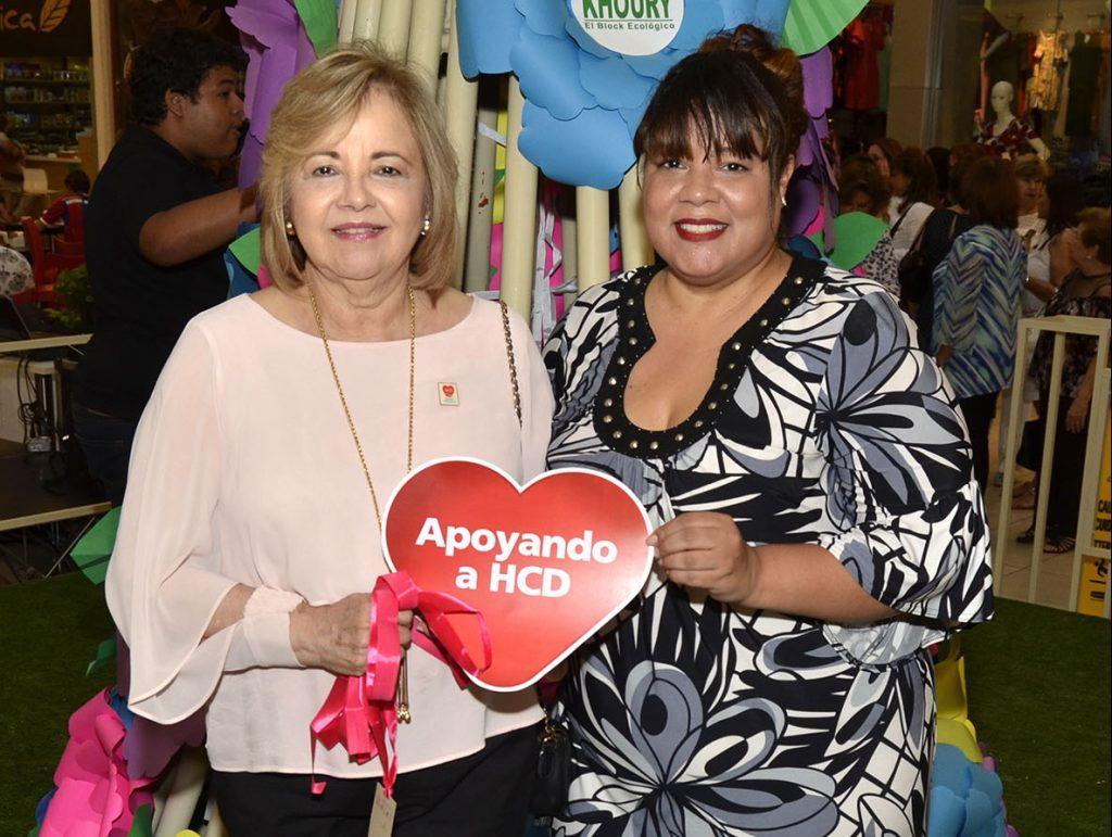 Maricela Acevedo y Mary Carmen Mota