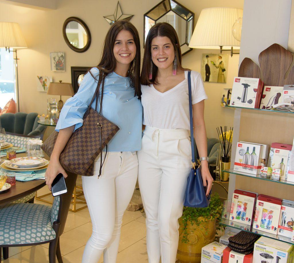 Alejandra Fuertes Moore y Laura Read