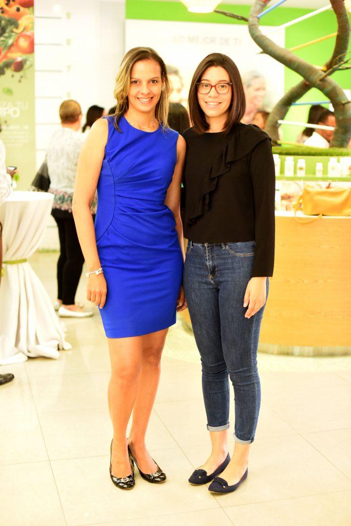Diandra Céspedez y Ángela Mercedes.