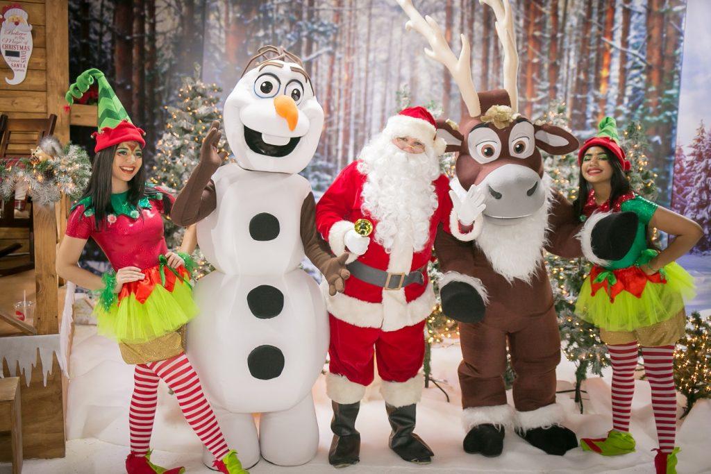 Personajes de The Christmas Cottage.