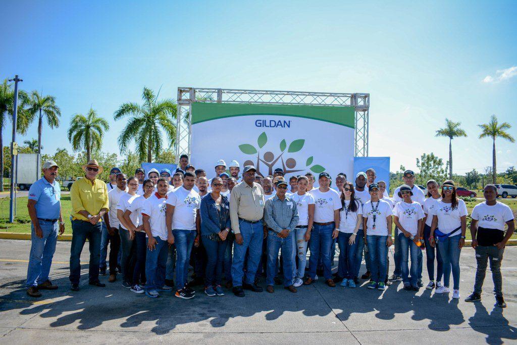 Más de 6,500 plantas sembradas por Gildan en el 2017