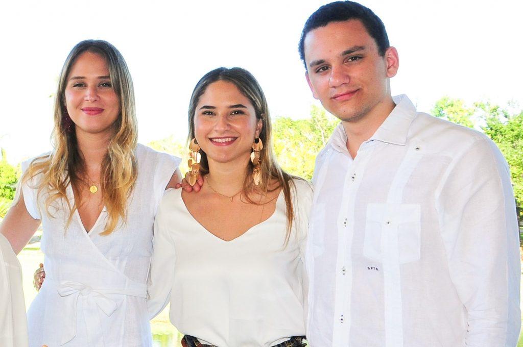 Rosa Casoni García, Chiara Casoni García y Givanny Tanzi García.