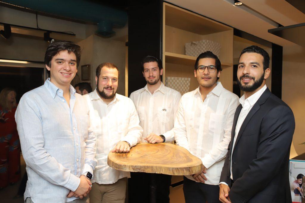 Manuel Higuera, Alejandro Rivas, Andres Mera, Angel Peña, Felix Adames