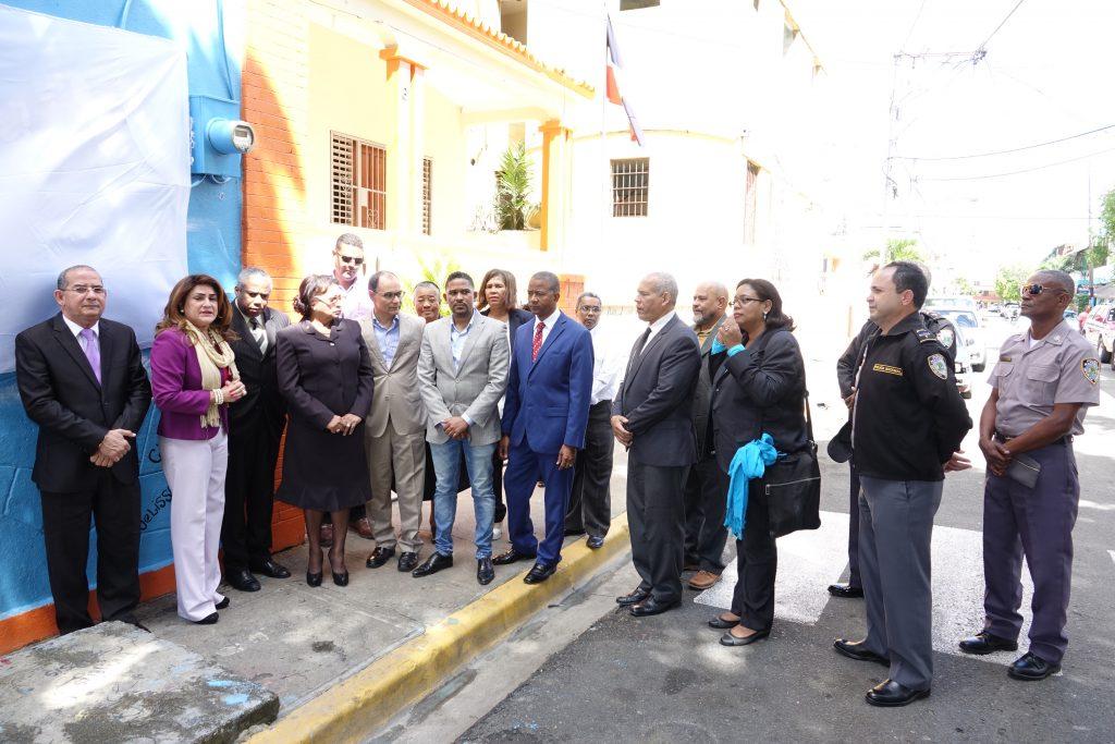 """Tribunal de Ejecución de la Sanción de NNA devela el """"Mural Transformación""""."""
