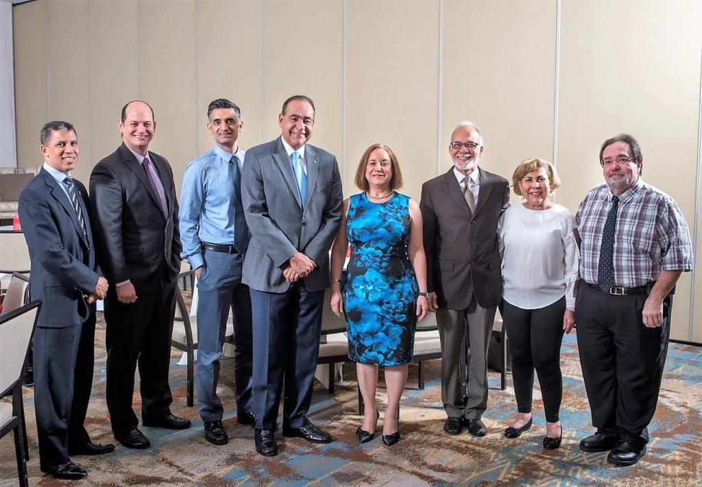 Dr. Giomar Figueroa, Dr. Alejandro Cambiaso, Dr. Ali Mencin, Dr. Julio A. Castaños, Dra. Mercedes Martinez, Dr. Caraballo, Dra. Marte, Dr. Esteven Lobritto