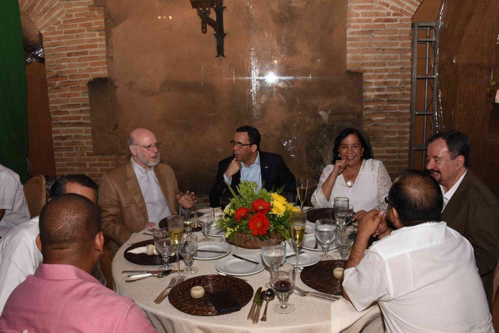 Pedro Vergés y Andrés Navarro encabezaron la cena de gala.