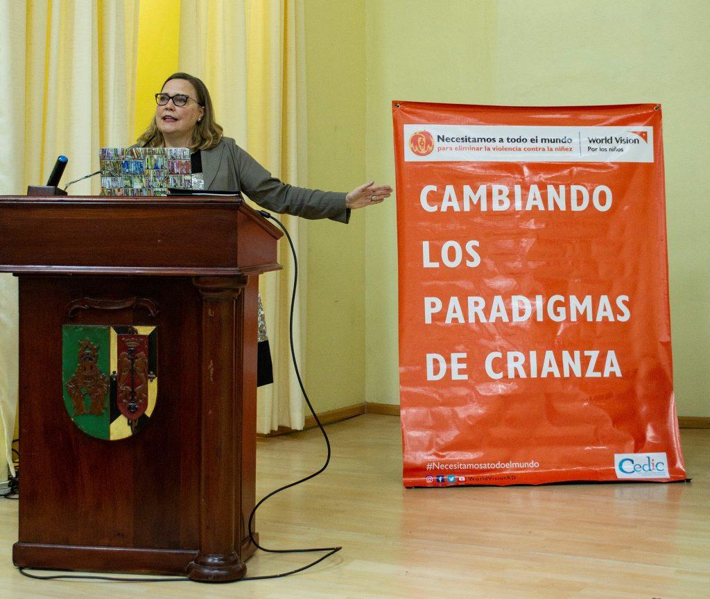Dra. Anna Grellert, asesora de Niñez y Desarrollo de World Vision América Latina y Caribe