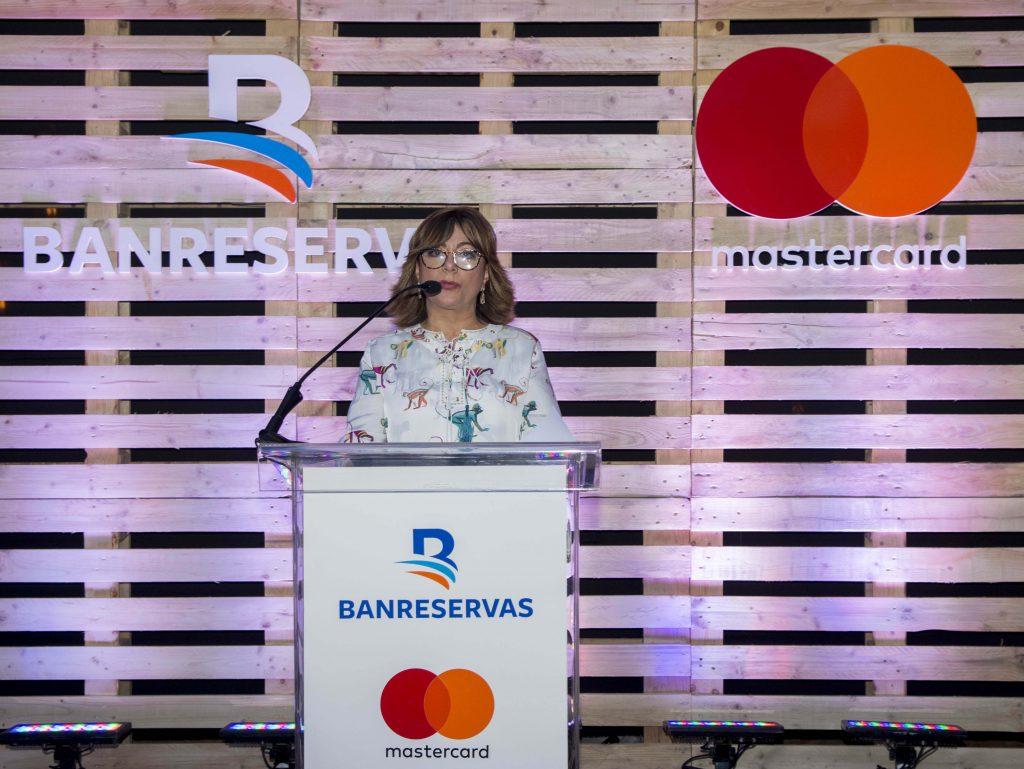 La directora general de Negocios Electrónicos de Banreservas, Antonia Subero