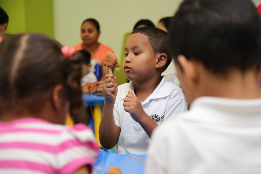 Niños del CAID Santiago participan en talleres de arqueología y cultura indígena…