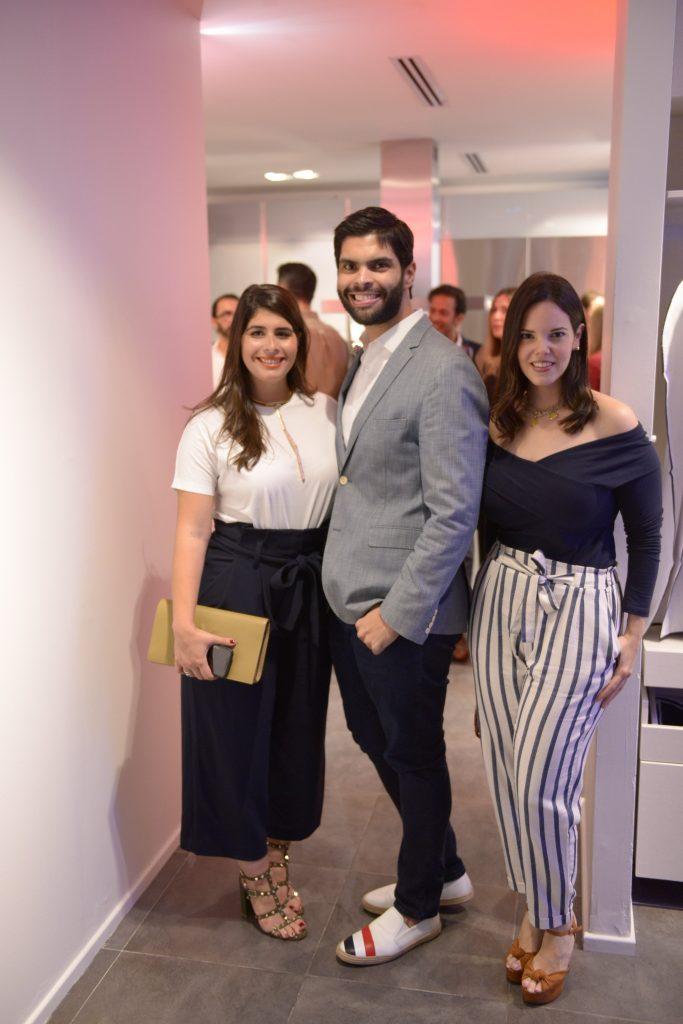 Giovanna Vasquez, Andres Aybar y Rita Garcia