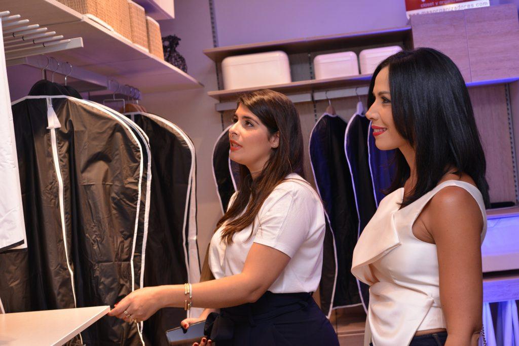 Giovanna Vasquez Podesta y Yermys Peña de Gonzalez