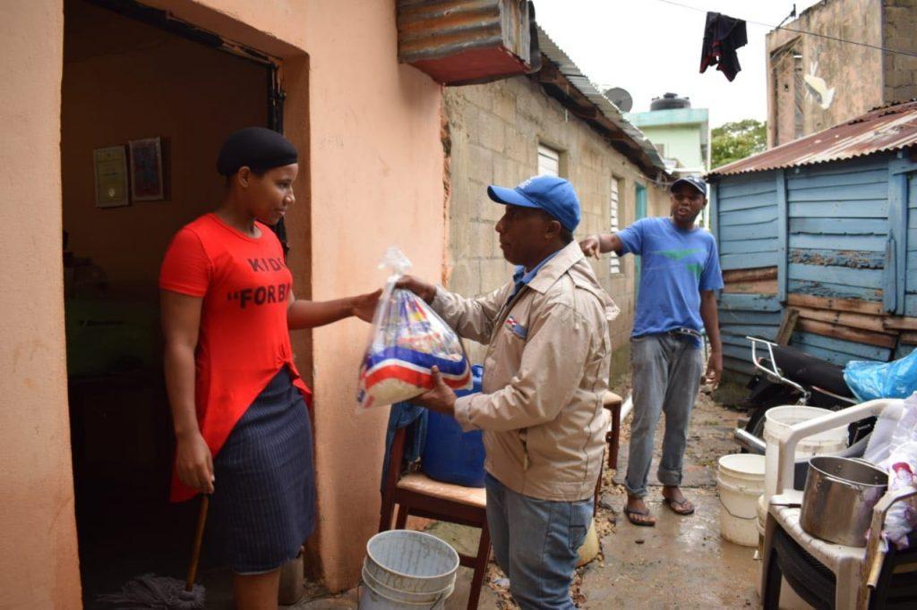Iris Guaba realizó un recorrido de supervisión en el Ensanche Quisqueya, del Distrito Nacional y en Quita Sueño de Haina,