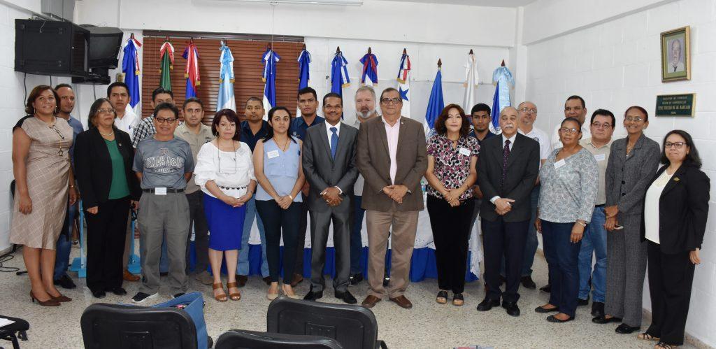 Participantes expositores