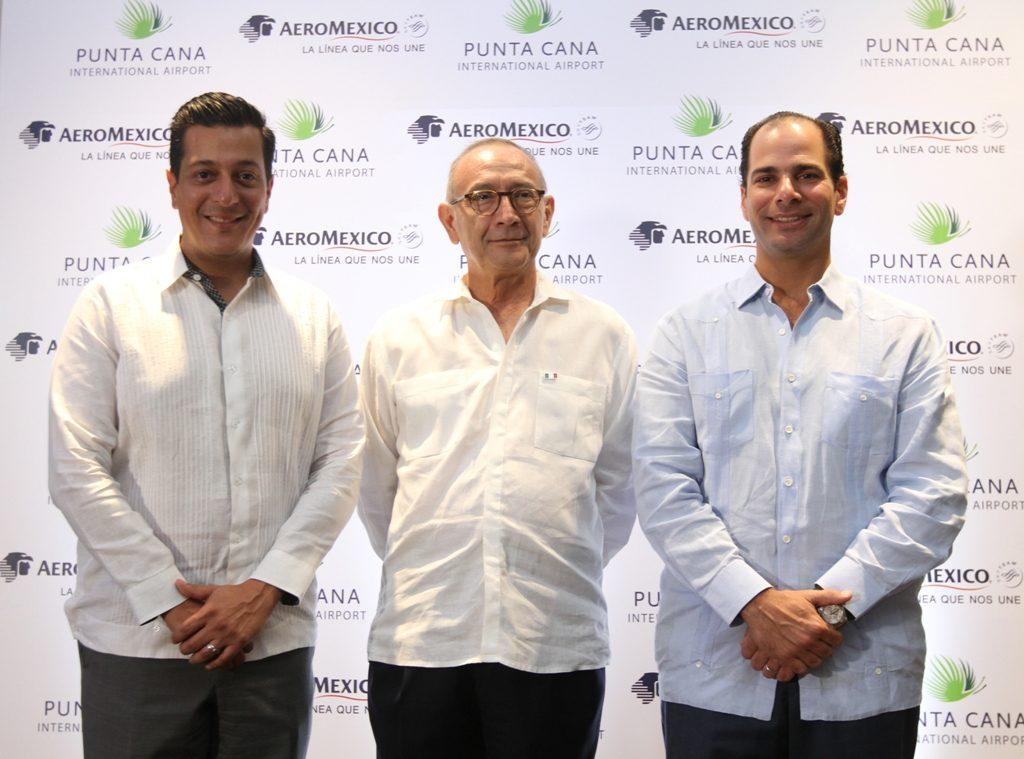 Giancarlo Mulinelli, Carlos Tirado Zavala y Frank Elías Rainieri