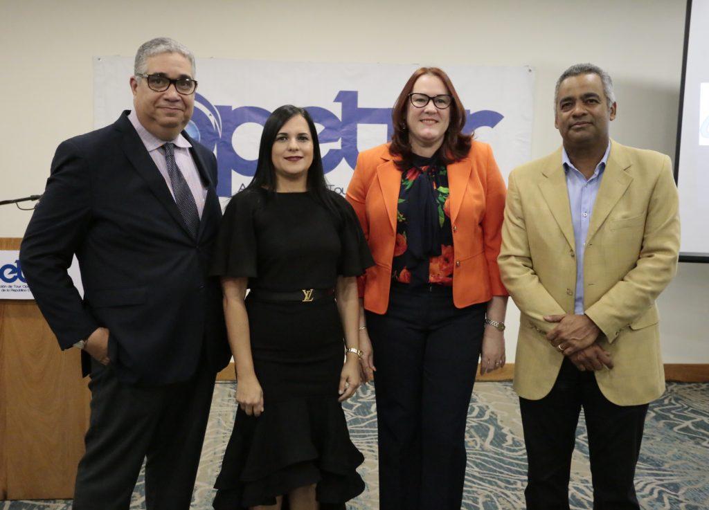 Mitchell Musa, Deyanira Pappaterra, Janet Camilo y Joel Santos.