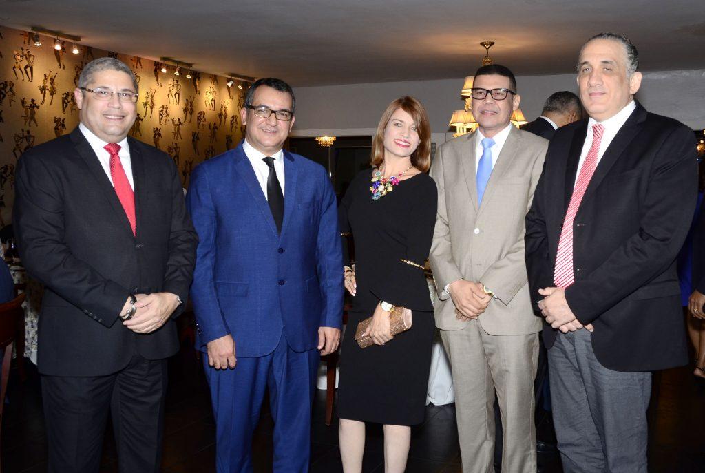 Cesar Duvernay, Román Andrés Jaquez, Ricardo Nieves, Juana Reyes, Najib Chahede