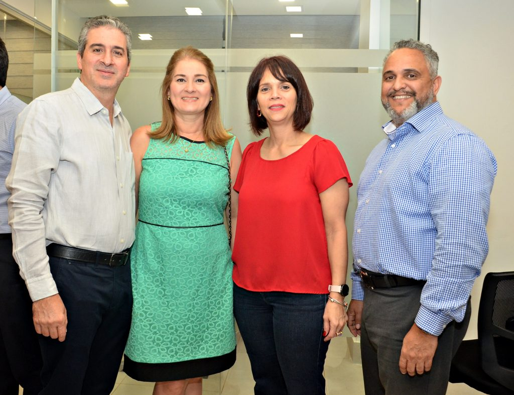 Fernando Mármol, Luisa Piantini, Marianela Lorenzo y Lorenzo Lantigua.