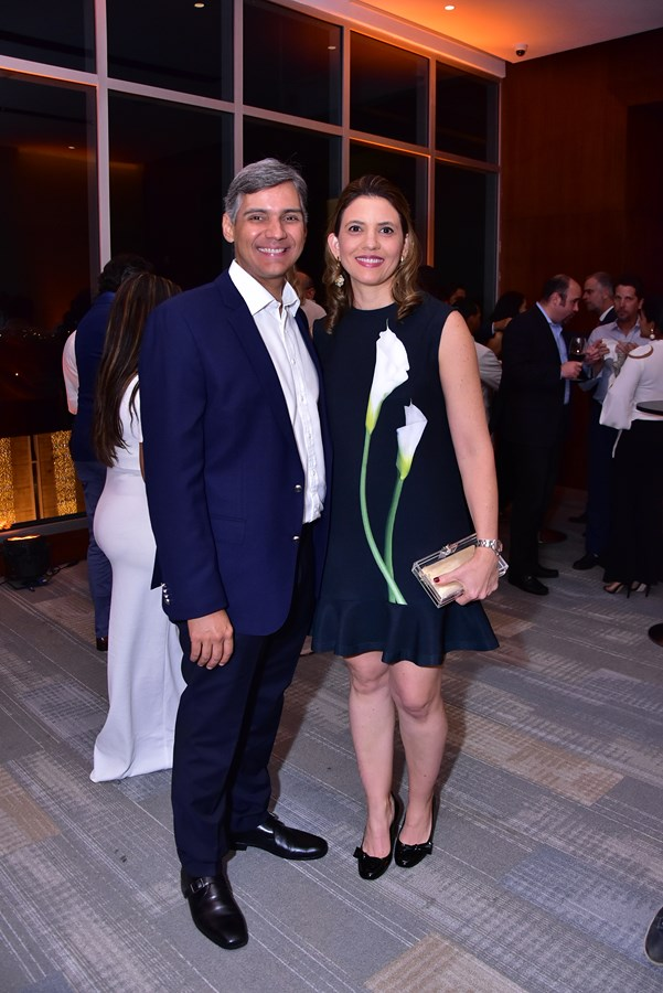 Juan Vicens , Laura Robles