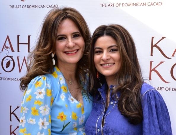 Bethania Guerrero de Rizek y Nadia Rizek