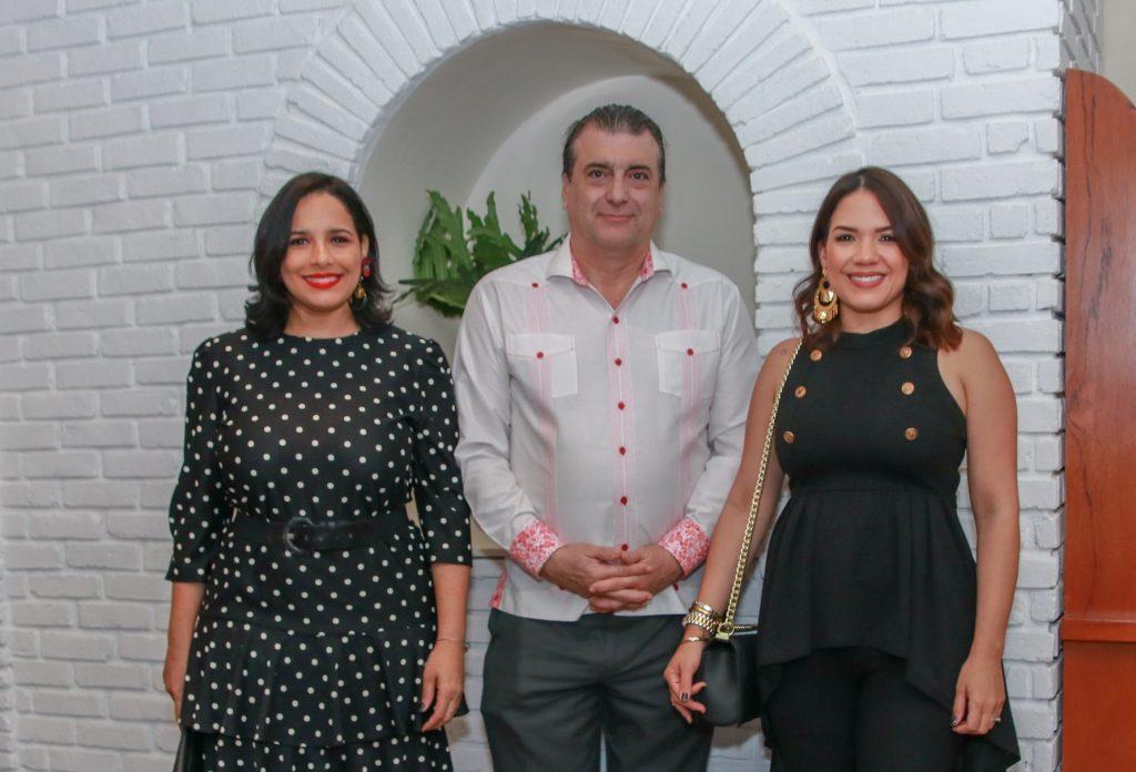 Liz Gutierrez, Fernando Moreno, Diana Fernández