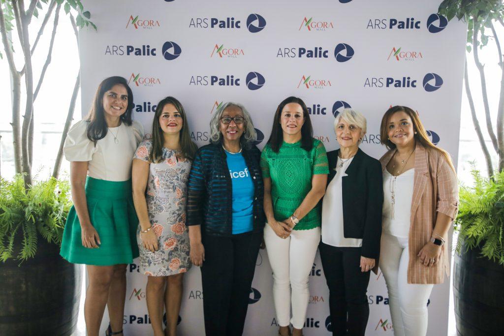 Ellis Pérez, Natacha Quiterio, Cándida Gil, Doris Alburquerque, Elena Conti y Perla Silié. (2)