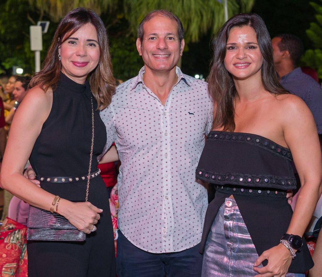 Patricia García, Carlos Cueto y Aida Nadal de Cueto