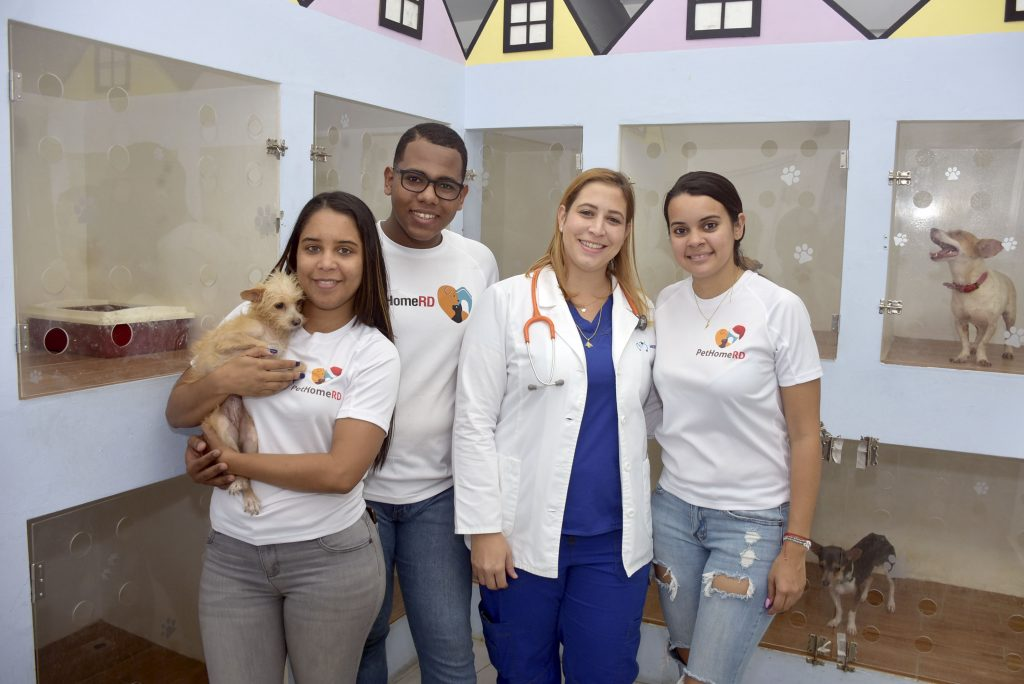 Dayana Morente, Jeremy Peña, Pamela Dargaum y Gabriela Yuber