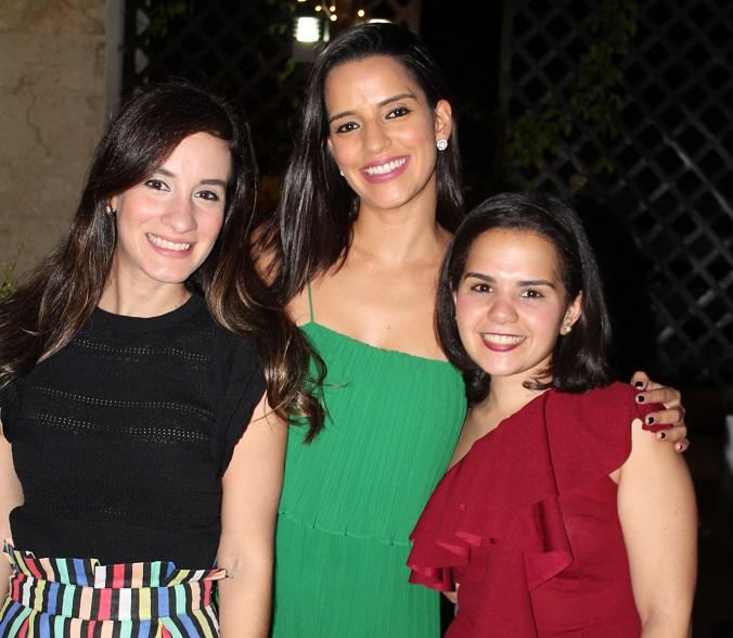 Ara Ortiz, Laura Ceballos y Jean Marie Periche