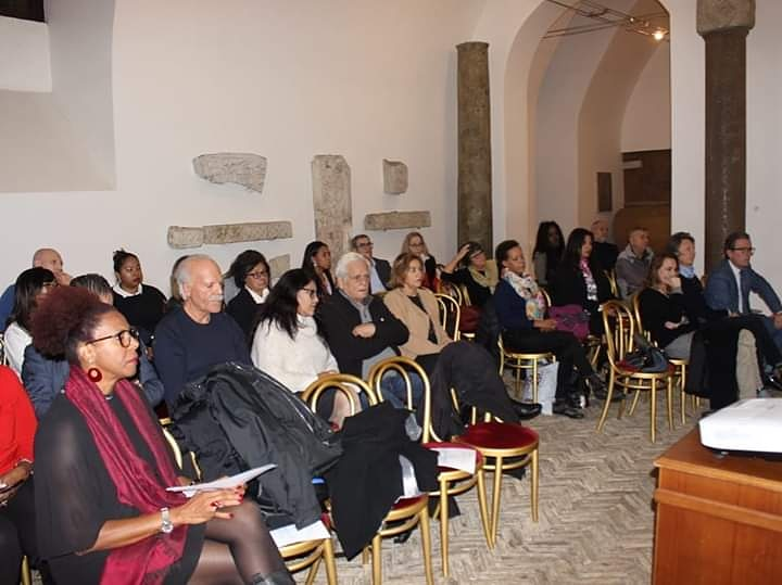 En ocación a la comemoración del Día Internacional para la Eliminación de la Violencia contra la Mujer, la Asociación Dominicana para la Cultura y el Desarrollo Promueve RD presentó la conferencia «25 de noviembre, una historia para recordar