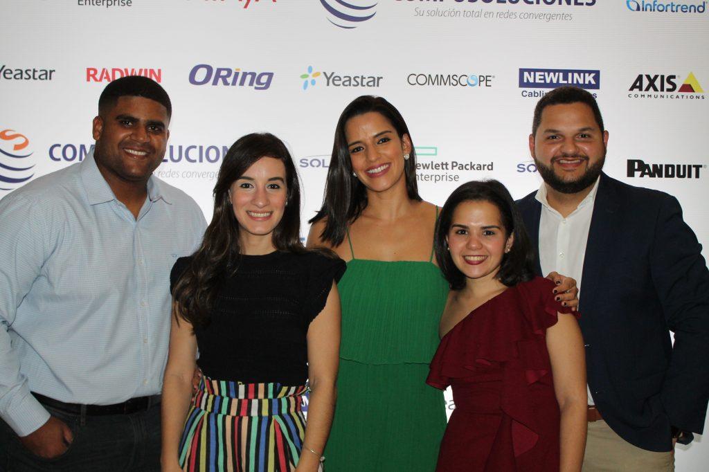 Robert Johan, Ara Ortiz, Laura Ceballos, Jean Marie Periche y William Lozada
