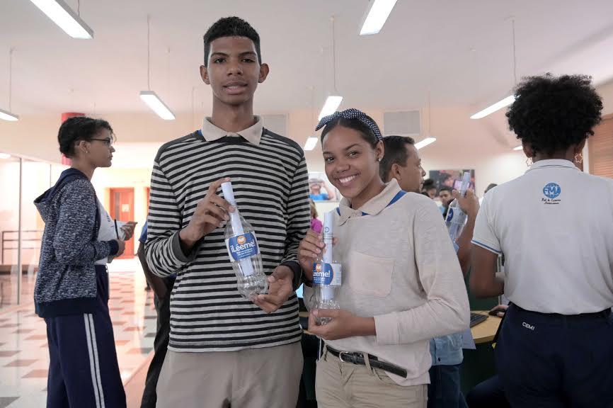 Convocan al Concurso Nacional Botellas Literarias 2020..